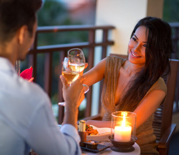 Holiday Dates with MILFs – How Do You Choose the Right Restaurant?